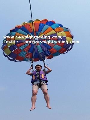 Parasailing at TREE Islands in Pattaya