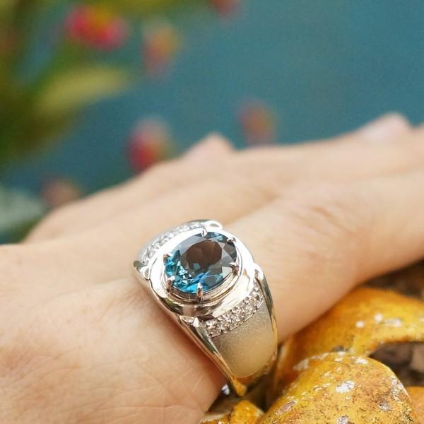 แหวนพลอยบลูโทแพซแท้ SR542