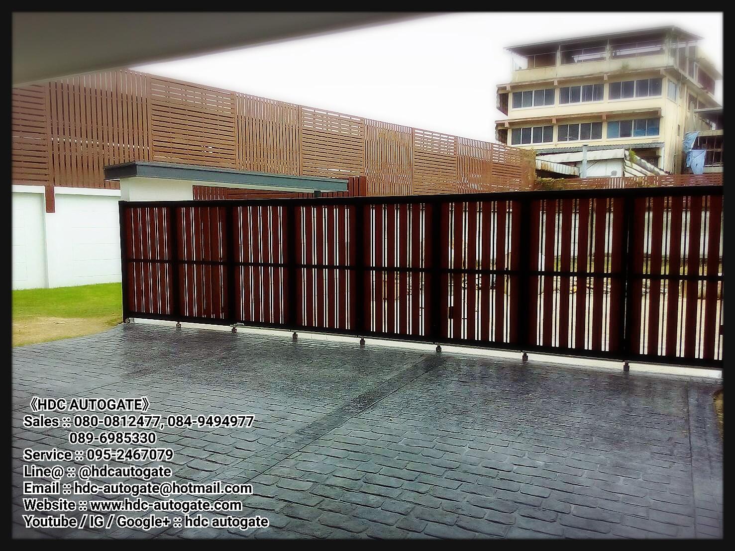 ผลงานออกแบบ ผลิตประตูรั้วบานเลื่อนโค้งและติดตั้งมอเตอร์บานเลื่อนโค้ง หมู่บ้านแอทเทอร่าไพรส์ พระราม2 แปลง 7B