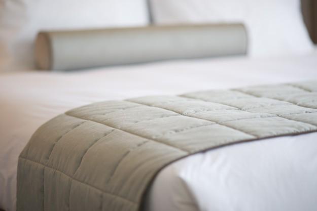 ผ้า)ที่นอนโรงแรม