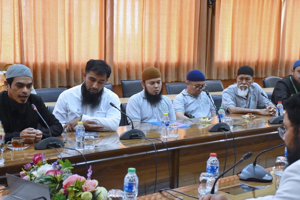 โครงการนิวมูน มูลนิธิมุสลิมเพื่อสันติ
