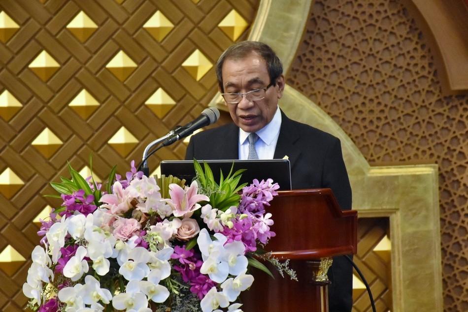 รศ.ดร.ปกรณ์ ปรียากร ผู้อำนวยการสถาบันมาตรฐานฮาลาลแห่งประเทศไทย