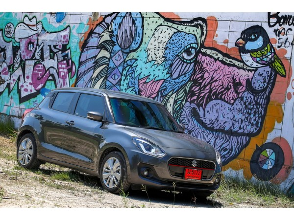 NEW SUZUKI SWIFT2018