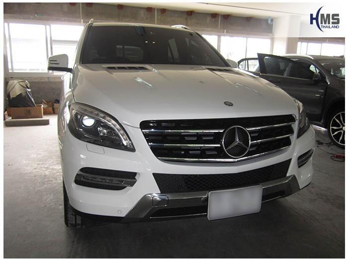 20150323 Mercedes Benz ML250 W116_front