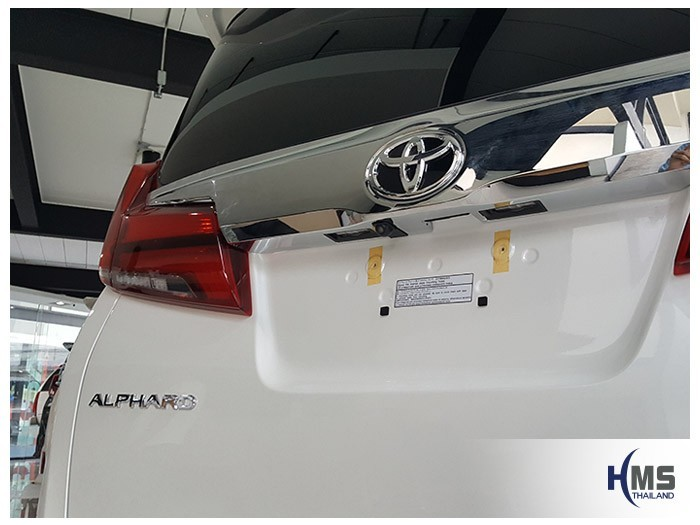20180523 Toyota Alphard_Rear camera