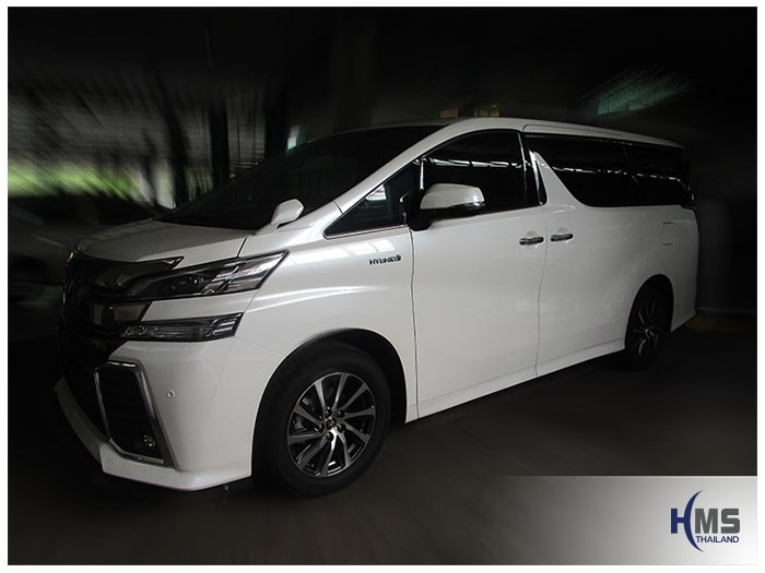 20160329 Toyota Vellfire_side