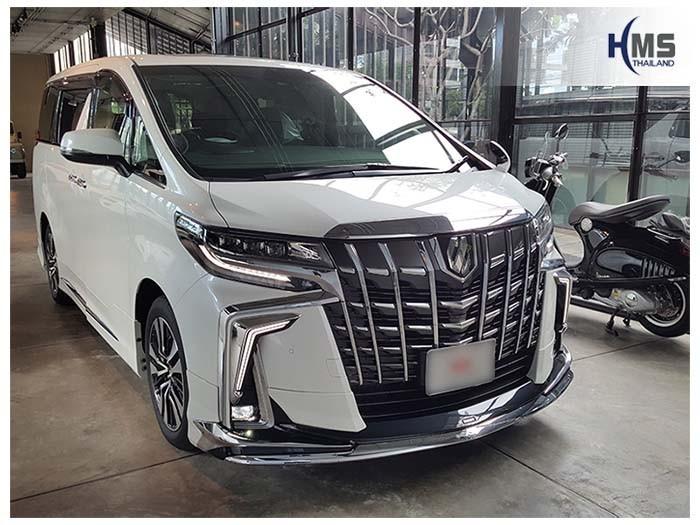 20180525 Toyota Alphard back_front