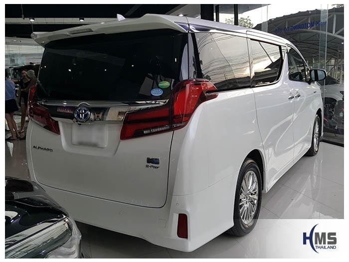20180523 Toyota Alphard_back
