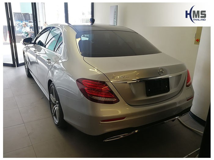 20180905 Mercedes Benz E350e_W213_back