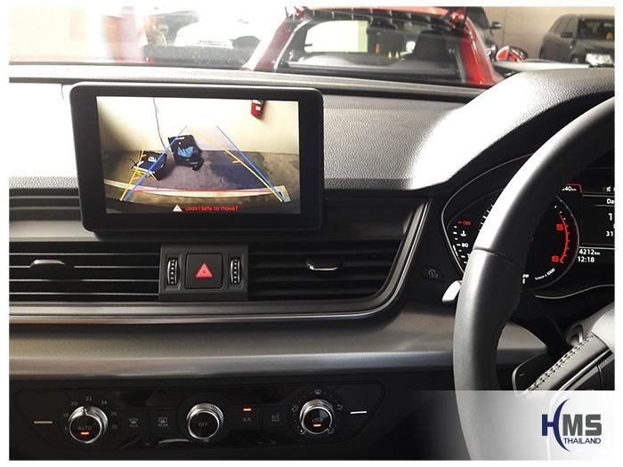 20180831 Audi Q5 back_Rear camera_View,ภาพจากกล้องมองหลังที่ติดตั้งเพิ่มบนหน้าจอ Audi Q5