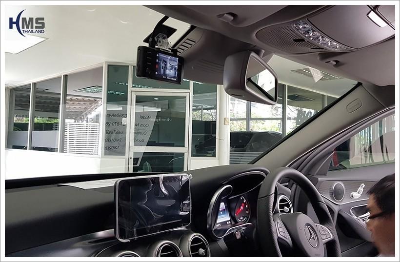 20180210 Mercedes Benz C350e_W205_DVR_Thinkware_X550_front,Benz, Mercedes ,เบนซ์ ,เมอร์เซเดส, ซาลูน,ราคาเบนซ์,facelift ,Brabus ,AMG ,Bluetec ,Hybrid,ไฮบริด, gps, navigation, Speednavi, Map, Navigator, Automobiles, Motor show Bangkok ,Motor expo, ราคา, ใบราคา, pricelist ,มือสอง , โชว์รูม, แผนที่, จีพีเอส, นำทาง,รีวิว, ทดสอบ,เนวิเกเตอร์, ประเทศไทย,ทีวีดิจิตอล,Digital TV,ทีวี,Rear camera,จอถอยหลัง,กล้องมองหลัง,กล้องถอยหลัง,หมุนตามพวงมาลัย,PAS,Park assistant system, carplay , android auto, screen mirroring, ภาพมือถือขึ้นจอรถยนต์ ,กล้องบันทึกเหตุการณ์ ,กล้องบันทึก, กล้องติดหน้ารถ, กล้องวีดีโอ, DVR, Driving Video recorder, thinkware, Blackvue, ,carcamkorea ,กล้องวีดีโอ, test drive ,