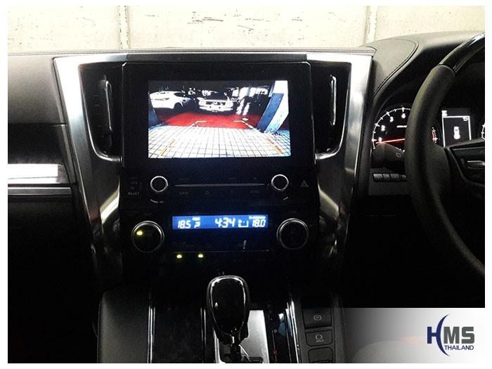 20180903 Toyota Vellfire Rear camera_View,ภาพจากกล้องมองหลังบนหน้าจอรถ KD-9300 ติดตั้งหน้ารถ Toyota Vellfire
