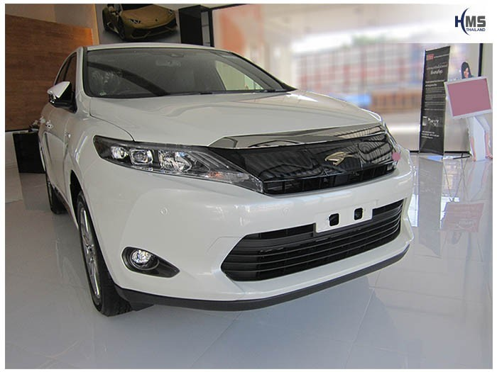 20150331 Toyota Harrier_front