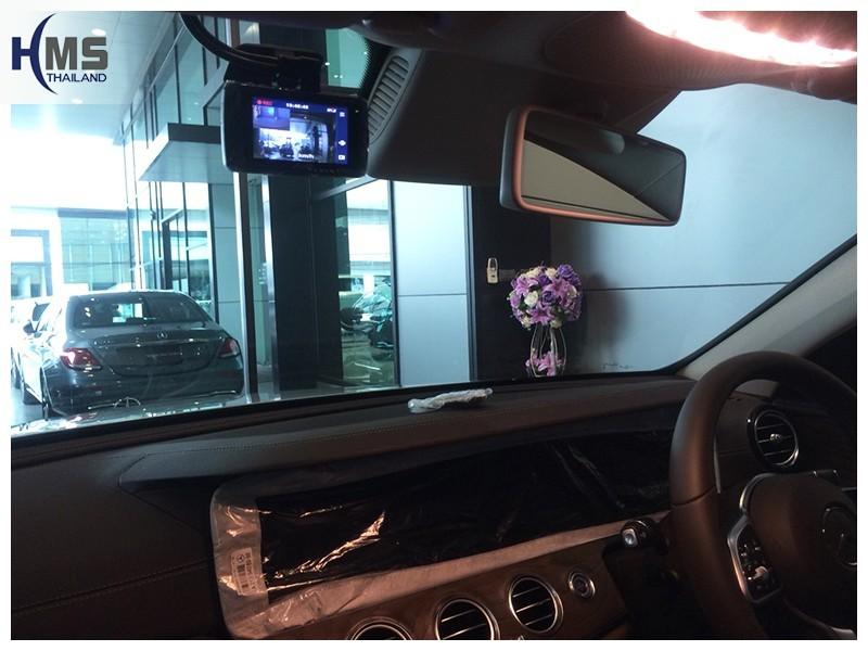 20181008 Mercedes Benz E350e W213_DVR_Mio_MIVue_792,กล้องติดรถยนต์,กล้องติดหน้ารถ,กล้องหน้ารถ,Mio,กล้องบันทึกเหตุการณ์ ,กล้องบันทึก, กล้องวีดีโอ, DVR, Driving Video recorder, กล้องวีดีโอ,