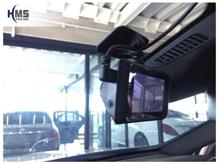 20180903 Mercedes Benz GLA250 W156_DVR_Mio_Mivue_786_Wifi_closeup,กล้องติดรถยนต์ Mio MiVue 786 Wifi ติดตั้งหน้ารถ Mercedes Benz GLA250 W156