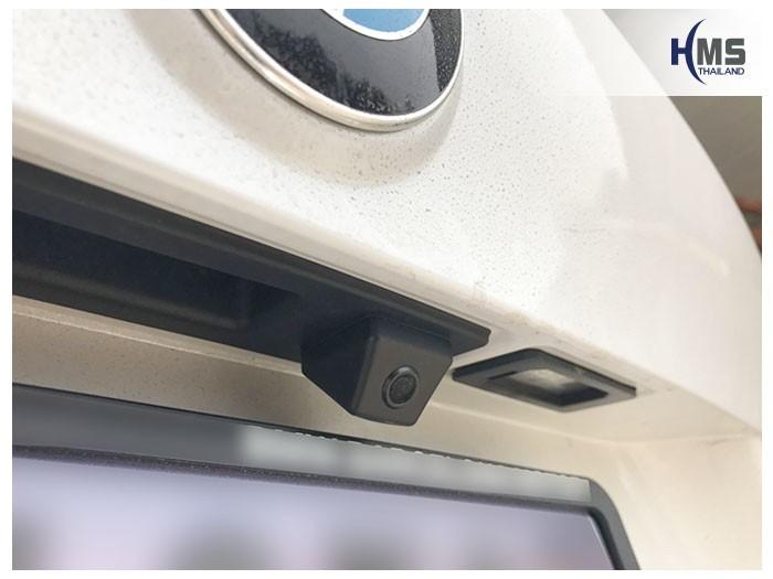 20190507 BMW X1 F48 rear camera,ภาพกล้องมองหลังที่ติดตั้งเพิ่มไว้ที่ท้ายรถ BMW X1 F48