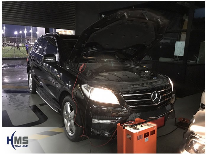 20170804 Mercedes Benz ML250 W116_front
