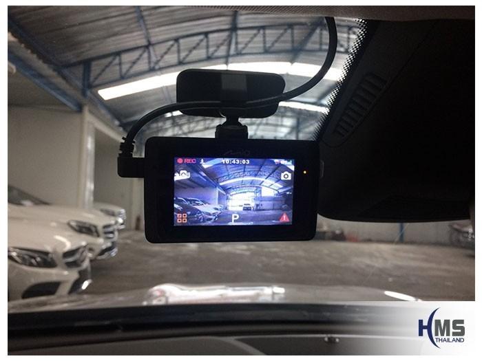 20180830 Mercedes Benz GLA200_W156_DVR_Mio_MiVue_786_Wifi_screen,กล้องติดรถยนต์ Mio MiVue 786 Wifi มีหน้าจอระบบสัมผัสขนาด 2.7 นิ้ว