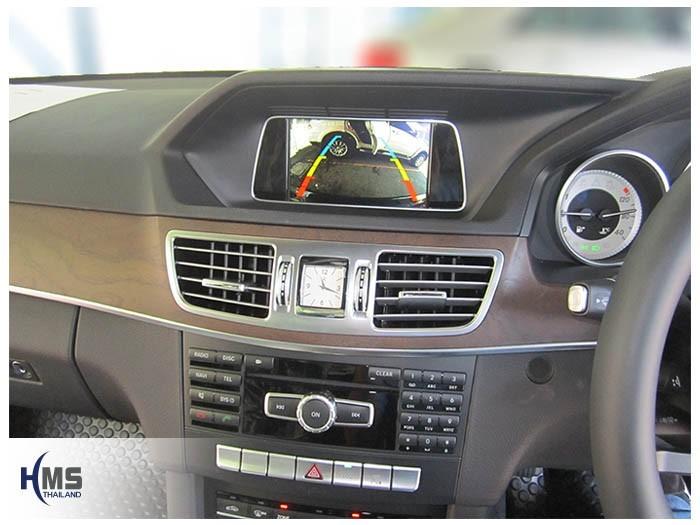 20150421 Mercedes Benz E200 W212_Rear camera_view
