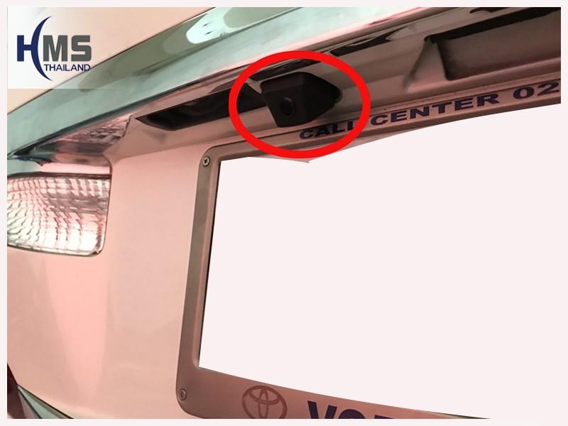 20180702 ติดกล้องถอยหลัง Toyota Alphard