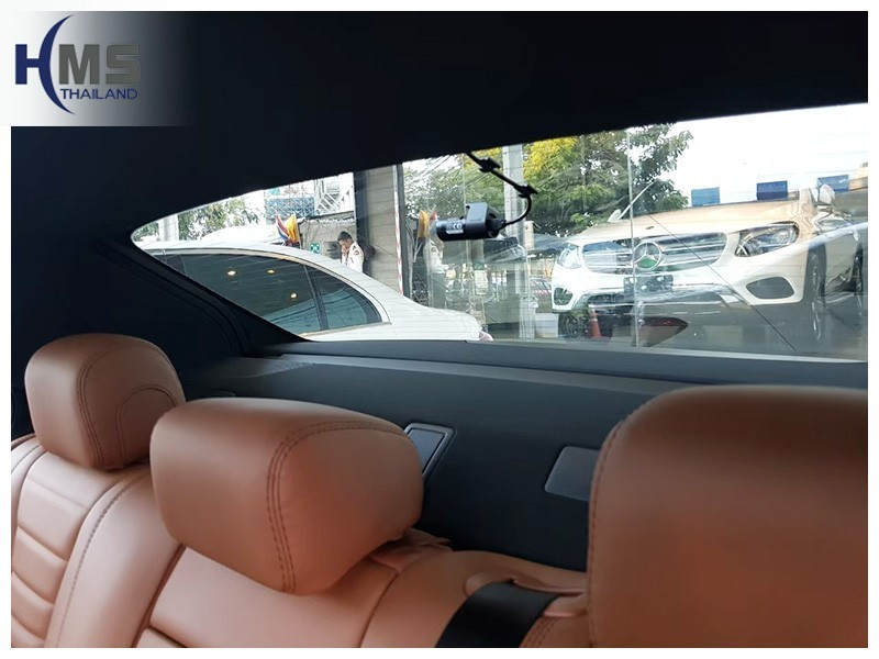 20190429 Mercedes Benz E350e W213_DVR_Thinkware_Q800_back,กล้องติดรถยนต์ Thinkware Q800 ตัวหลังติดตั้งที่กระจกท้ายรถ Mercedes Benz E350e