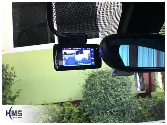 20190507 BMW X1 F48 DVR Mio MiVue 792 front,กล้องติดรถยนต์ Mio MiVue 792 ติดตั้งไว้ที่กระจกด้านหน้ารถ BMW X1 ใกล้กับกระจกมองหลัง