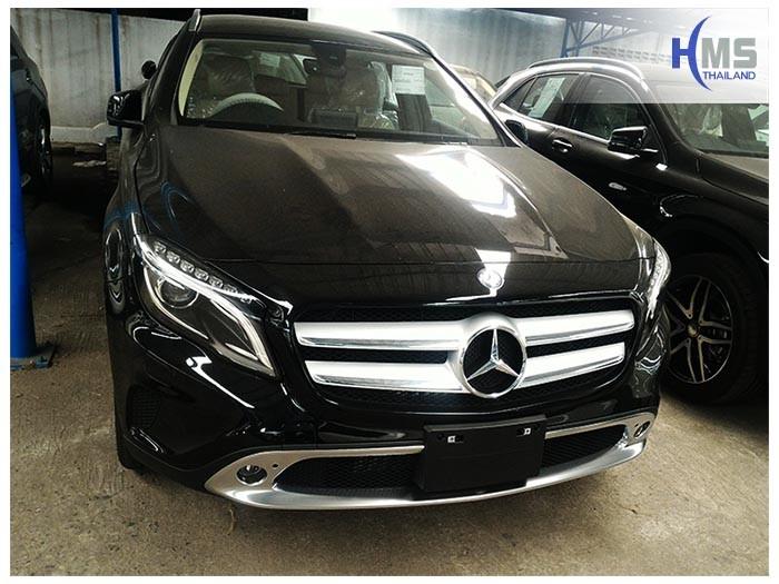 20170506 Mercedes Benz GLA200_X156_front,Benz, Mercedes ,เบนซ์ ,เมอร์เซเดส, ซาลูน,ราคาเบนซ์,facelift ,Brabus ,AMG ,Bluetec ,Hybrid,ไฮบริด, gps, navigation, Speednavi, Map, Navigator, Automobiles, Motor show Bangkok ,Motor expo, ราคา, ใบราคา, pricelist ,มือสอง , โชว์รูม, แผนที่, จีพีเอส, นำทาง,รีวิว, ทดสอบ,เนวิเกเตอร์, ประเทศไทย,ทีวีดิจิตอล,Digital TV,ทีวี,Rear camera,จอถอยหลัง,กล้องมองหลัง,กล้องถอยหลัง,หมุนตามพวงมาลัย,PAS,Park assistant system, carplay , android auto, screen mirroring, ภาพมือถือขึ้นจอรถยนต์ ,กล้องบันทึกเหตุการณ์ ,กล้องบันทึก, กล้องติดหน้ารถ, กล้องวีดีโอ, DVR, Driving Video recorder, thinkware, Blackvue, ,carcamkorea ,กล้องวีดีโอ, test drive ,