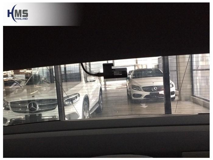 20180903 Mercedes Benz E350e_W213_DVR_Thinkware_QX800_back,กล้องติดรถยนต์ Thinkware QX800 ตัวหลังติดตั้งที่กระจกท้ายรถ Mercedes Benz E350e