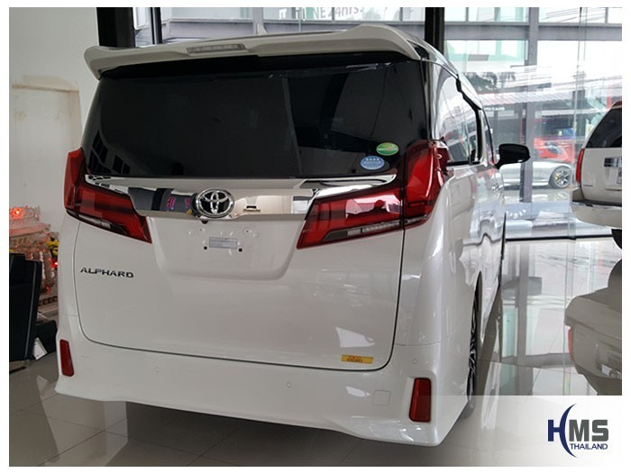 20180531 Toyota Alphard_back