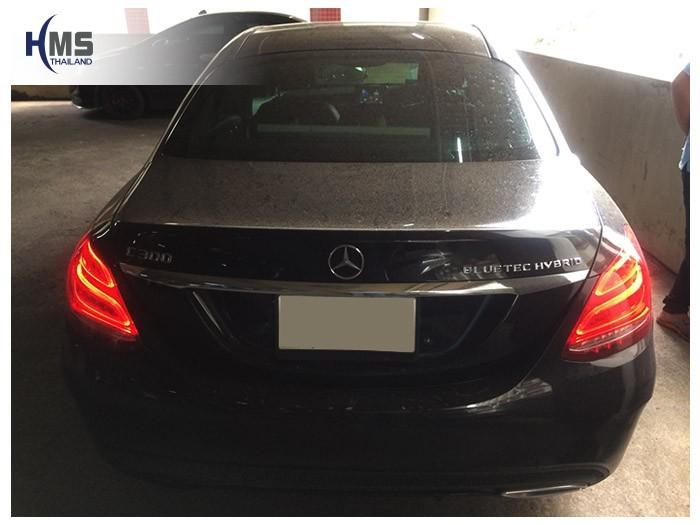 20180810 Mercedes Benz C300 W205_back,Benz, Mercedes ,เบนซ์ ,เมอร์เซเดส, ซาลูน,ราคาเบนซ์,facelift ,Brabus ,AMG ,Bluetec ,Hybrid,ไฮบริด