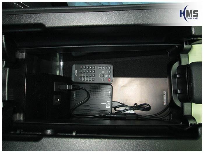 20150217 Mercedes Benz E200 W212_TV Digital_ASUKA_Remote_USB cable
