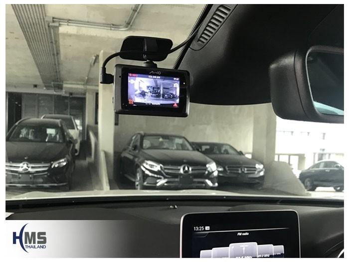 20180819 Mercedes Benz GLA250_W156_DVR_Mio_MiVue_786_Wifi_Screen,กล้องบันทึกเหตุการณ์ ,กล้องบันทึก, กล้องติดหน้ารถ, กล้องวีดีโอ, DVR, Driving Video recorder, thinkware, mio, Blackvue,carcamkorea ,กล้องวีดีโอ, test drive ,กล้องติดรถยนต์, กล้องติดหน้ารถ, กล้องหน้ารถ,