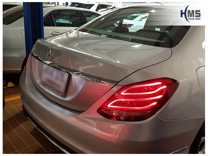 20171116 Mercedes Benz C180_W204_back