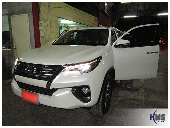 20160205 Toyota Fortuner_front