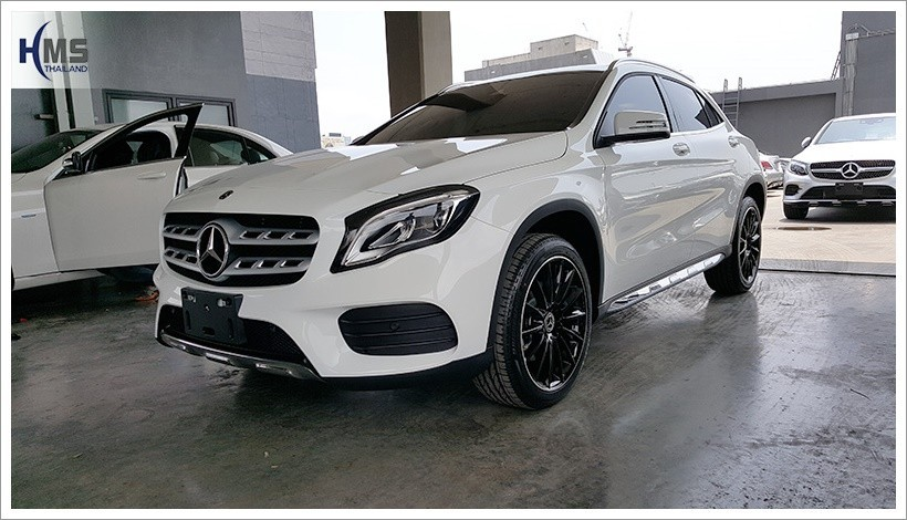 20180329 Mercedes Benz GLA250_W156