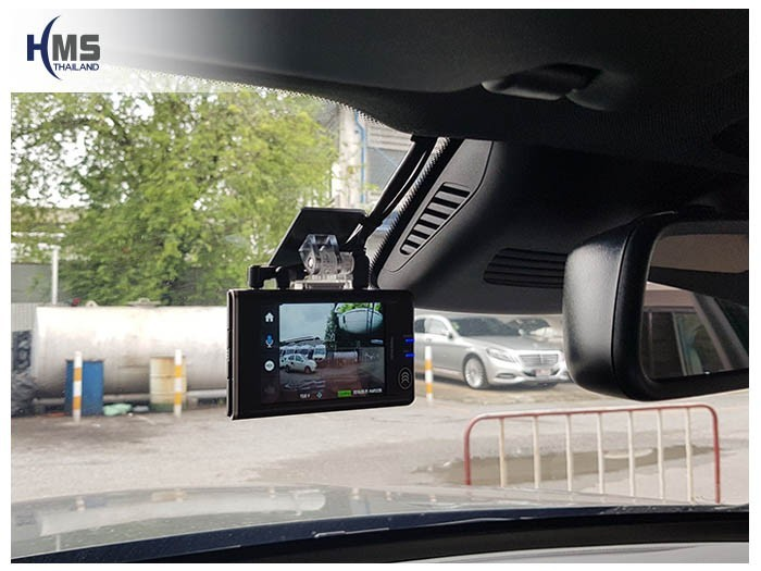 20180831 Mercedes Benz GLC250d_W253_DVR_Thinkware_QX800_front,กล้องติดรถยนต์ Thinkware QX800 ตัวหน้า ติดตั้งหน้ารถ Mercedes Benz GLC250d W253