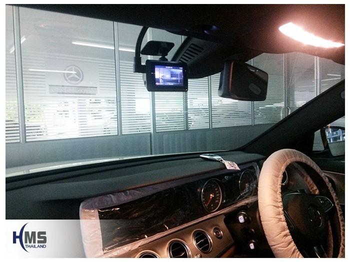 20180825 Mercedes Benz E350e_W213_DVR_Mio_MIVue_786_Wifi,กล้องติดรถยนต์ Mio MiVue 786 Wifi ถูกติดตั้งอยู่ที่หน้ารถ Mercedes Benz E350e