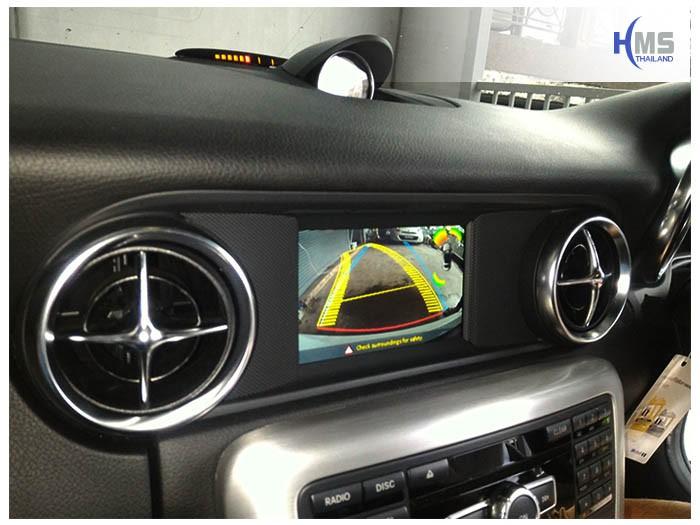 20170512 Mercedes Benz SLK200_W172_Rear camera_View,Benz, Mercedes ,เบนซ์ ,เมอร์เซเดส, ซาลูน,ราคาเบนซ์,facelift ,Brabus ,AMG ,Bluetec ,Hybrid,ไฮบริด, gps, navigation, Speednavi, Map, Navigator, Automobiles, Motor show Bangkok ,Motor expo, ราคา, ใบราคา, pricelist ,มือสอง , โชว์รูม, แผนที่, จีพีเอส, นำทาง,รีวิว, ทดสอบ,เนวิเกเตอร์, ประเทศไทย,ทีวีดิจิตอล,Digital TV,ทีวี,Rear camera,จอถอยหลัง,กล้องมองหลัง,กล้องถอยหลัง,หมุนตามพวงมาลัย,PAS,Park assistant system, carplay , android auto, screen mirroring, ภาพมือถือขึ้นจอรถยนต์ ,กล้องบันทึกเหตุการณ์ ,กล้องบันทึก, กล้องติดหน้ารถ, กล้องวีดีโอ, DVR, Driving Video recorder, thinkware, Blackvue, ,carcamkorea ,กล้องวีดีโอ, test drive ,