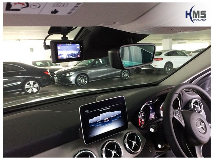 20180801 Mercedes Benz GLA200_W156_DVR_Mio_MiVue_786_Wifi_install,กล้องบันทึกเหตุการณ์ ,กล้องบันทึก, กล้องติดหน้ารถ, กล้องวีดีโอ, DVR, Driving Video recorder, thinkware, mio, Blackvue,carcamkorea ,กล้องวีดีโอ, test drive ,กล้องติดรถยนต์, กล้องติดหน้ารถ, กล้องหน้ารถ,
