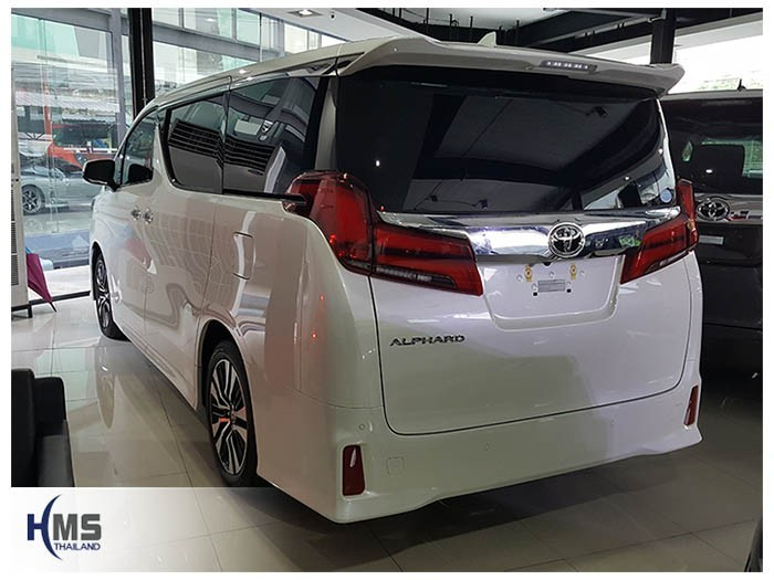 20180523 Toyota Alphard back
