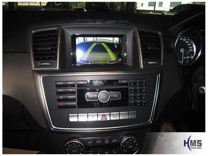 20150323 Mercedes Benz ML250 W116_rear camera_view