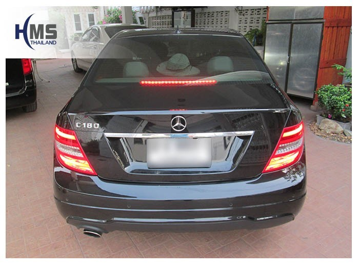 20150407 Mercedes Benz C180_W204_back