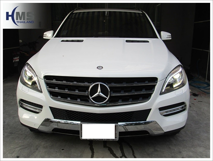 Mercedes Benz ML250 W116_back