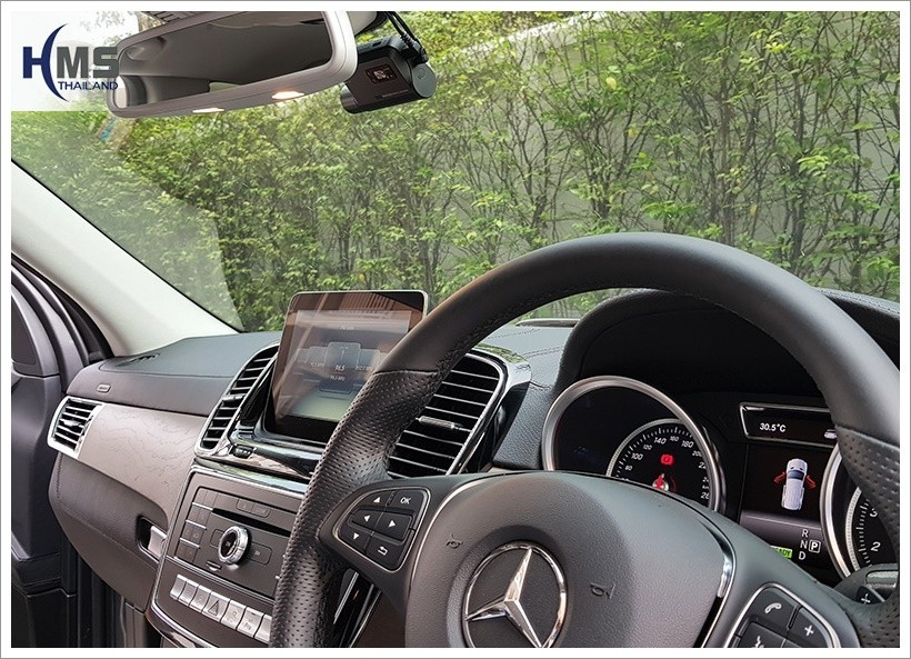 Mercedes Benz GLE500e + Thinkware F800 Pro