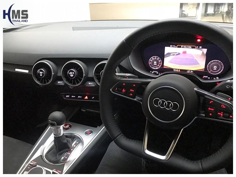 กล้องมองหลัง,กล้องถอยหลัง Audi TT