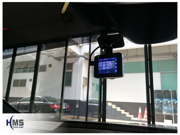 20180905 Mercedes Benz E350e_W213_DVR_Mio_MiVue_C335_screen,กล้องหน้ารถ Mio MiVue C335 มีหน้าจอในตัว
