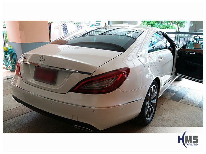 20170522 Mercedes Benz CLS250d_W218_back, ,เบนซ์ ,เมอร์เซเดส, ซาลูน,AMG ,Bluetec ,Hybrid,ไฮบริด, Automobiles, โชว์รูม,รีวิว, ทดสอบ, ประเทศไทย,กล้องมองหลัง,กล้องถอยหลัง,หมุนตามพวงมาลัย,PAS,Park assistant system, carplay , android auto, กล้องบันทึกเหตุการณ์ ,กล้องบันทึก, กล้องติดหน้ารถ, กล้องวีดีโอ, DVR, Driving Video recorder,