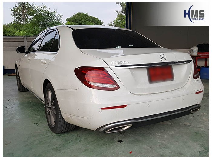 20180531 Mercedes Benz E350e_W213_back,
