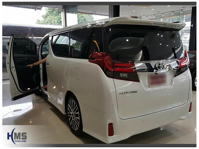 20161017 Toyota Alphard_back