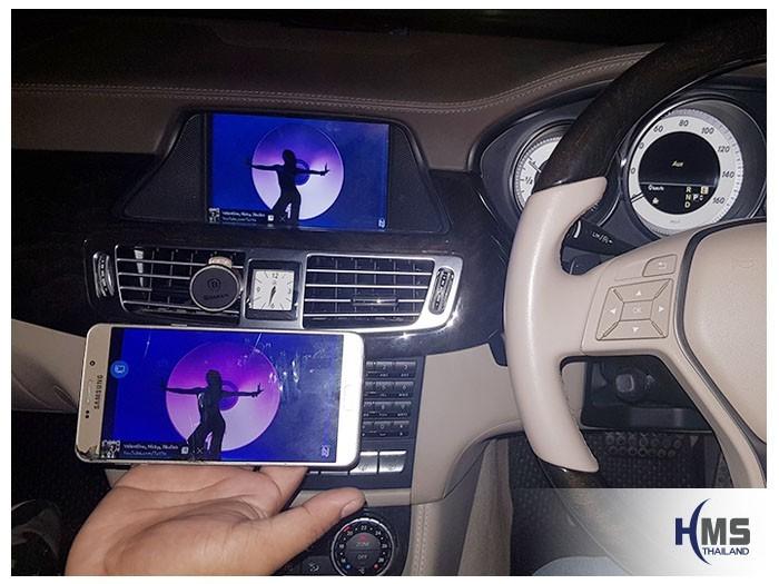 20180905 Mercedes Benz CLS350_W218_Wifi box_Movie,ภาพการเล่นไฟล์ภาพยนต์จากมือถือ ไปออกที่หน้าจอของรถ Mercedes Benz CLS350 ผ่านกล่อง Wifi box